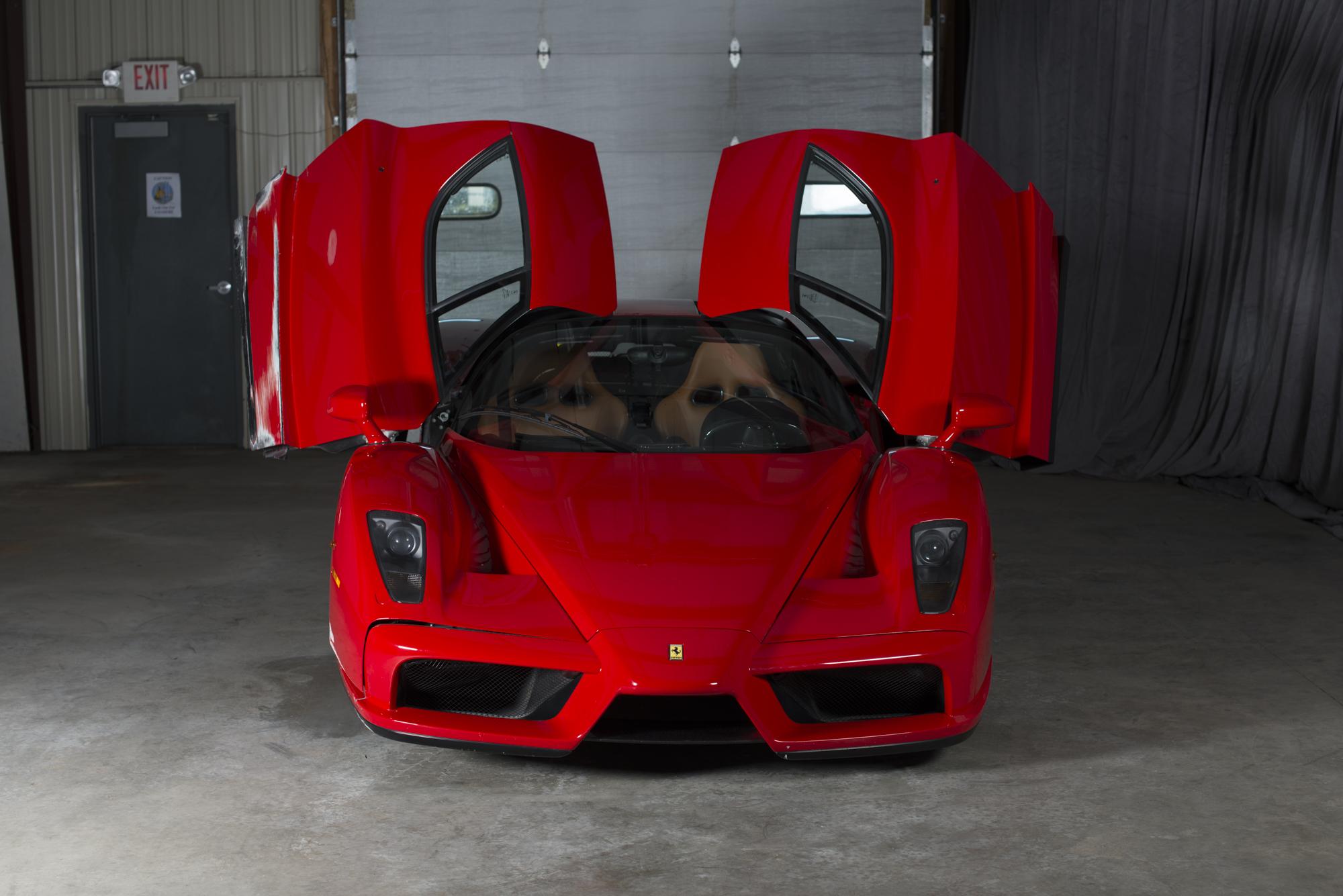 Ferrari Enzo Supercar doors